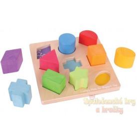 Dřevěné kostky tvary a barvy