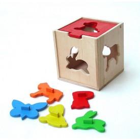CEEDA CAVITY Dřevěná kostka s tvary zvířátek