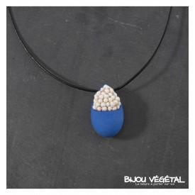 Živé šperky - Náhrdelník Slza modrý s trvalými bílými květy