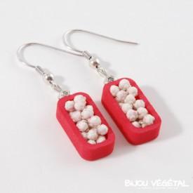 Živé šperky - Náušnice Vertigo růžové s trvalými bílými květy