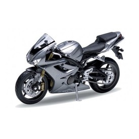 Welly - Motocykl Triumph Daytona 675 model 1:18 šedý