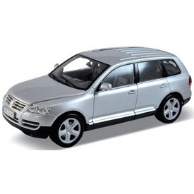 Welly - Volkswagen Touareg model 1:18 stříbrný