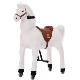 Velký jezdecký  kůň bílý